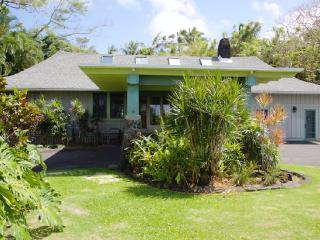 Elegant 1937 Home at Gorgeous Black Sand Beach, Hilo