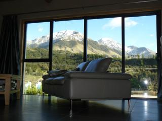 Luxury alpine chalet Mt Lyford