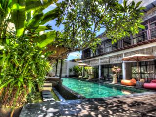 New 3Br Villa Full Moon, Jimbaran