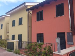 Berny HolidayHouse ...Your Home!, San Costanzo