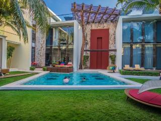 Mamitas Beach Luxury Condo 2 bedroom Downtown