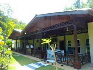 Dmass Villa - Relax, Rendezvous and Rejuvenate, Hulu Langat District