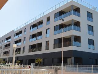 Lovely 3 bed top floor apartment, 1st Line Beach, La Mata