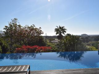 Wonderful Villa with panoramic sea & golf views a, Sitges