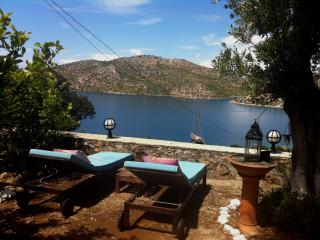 Stunning sea view,secluded location, pool & boat, Bozburun