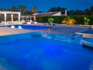 Private Luxury Villa Casa Suenos II Wifi - AC - Hot Tub Spa - No booking Fees