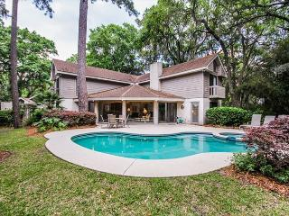 Turnberry Lane 30, 4 Bedrooms, Private Pool, Spa, Golf Views, Sleeps 12, Hilton Head