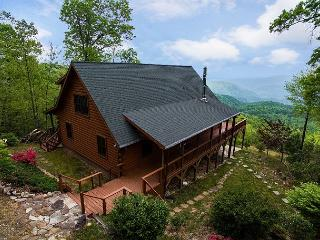 Cool View Cabin - Mountain Views & Hot Tub  - Cleaning fee incl. in rate!, Old Fort