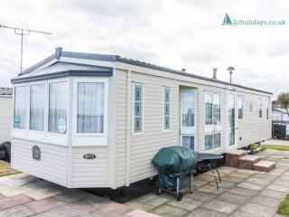 Hopton Shorefield 80043 - Stunning sea view, Hopton on Sea
