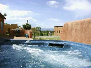 Taos rental mountain view fireplace hot tub high wi-fi passive solar secluded, Arroyo Seco