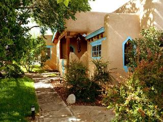 Montana Luz Hacienda Views, Air Condition, Enclosed yard, Hot tub and Sauna, Arroyo Seco