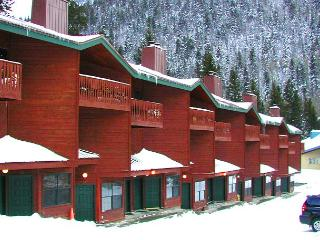 Twining 5  Walk to Lift (3-5 Minutes) Fireplace, Balcony Deck Mountain View, Taos Ski Valley
