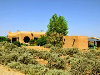 Adobe de Artista 1 - Semi Secluded Million Dollar Views with Private Hot Tub, El Prado