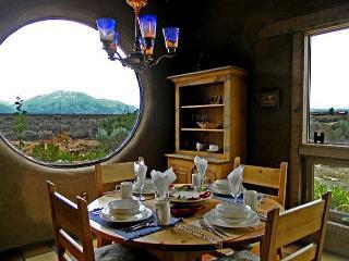 Dining with panoramic mountain and mesa wild sage views