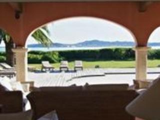 Beautiful Luxurious Seven Bed Villa In Beauvallon.