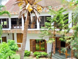 Grde Maison charme et caractère.Lomé centre ville