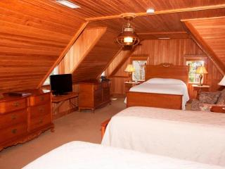 Harbor Room, Ocracoke