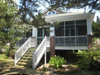 Mattie Midgette Cottage, Ocracoke