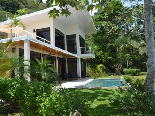 Casa Atrévete - Modern Tropical Luxury in Uvita