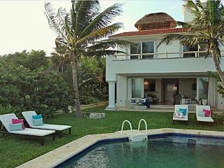 Villa con Alberca Priv. en Puerto Aventuras Mexico