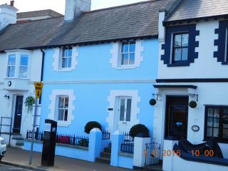 Old Coastguard Cottage (Blue one ) on Ryde Esplanade