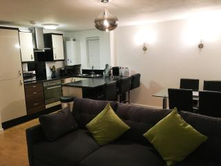Stunning Contemporary Apartment, Bournemouth