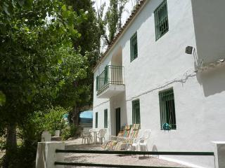 CASA DE CAMPO EN LOS VILLARES DE JAEN