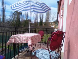 Terraza con barbacoa solarium/piscina 1hMAD, Renera