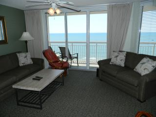 Superb Oceanfront 3 BR 3 BA-Pool-Lazy River, North Myrtle Beach