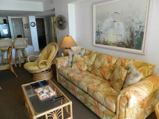 Ocean Front Condo w/ New Kitchen! Great Rates!, North Myrtle Beach