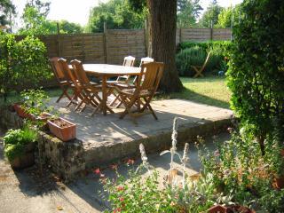 Garden to Le Tilleul.