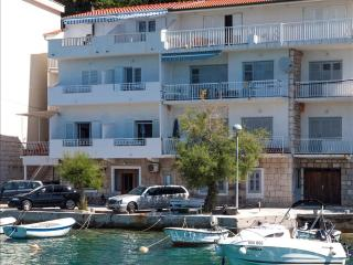 Tutti frutti apartment close to the beach with sea view