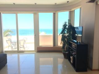 3 BR/3 BA Premier Beachfront Paraiso Costa Bonita