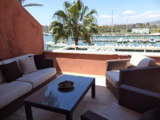 Holiday penthouse in Sotogrande marina port