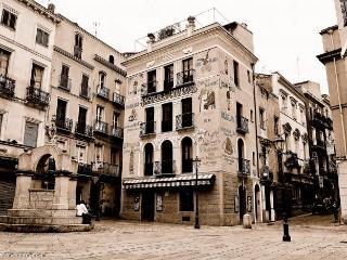 Villa Irene, Iglesias