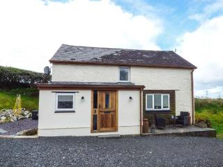 GWENDRE FECHAN COTTAGE character, detached, countryside views, romantic