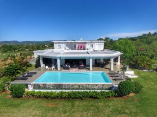 Villa La Salamandre on Rincon Bay, ocean view