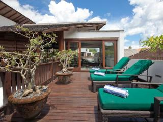 Villa Casis- 6BR With Private Pool