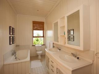 Cerf Island Holiday Villa 2115