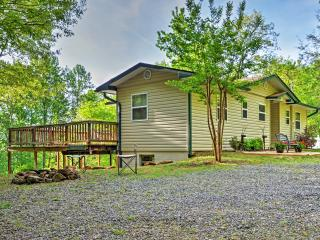 Peaceful 3BR Hiawassee Cabin w/Wifi, Private Wraparound Deck & Outdoor Firepit - Just 10 Minutes from Town! Easy Access to Countless Outdoor Activities!