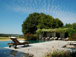 Luxury 7 bedroom holiday rental in Provence, Montaren-et-Saint-Mediers