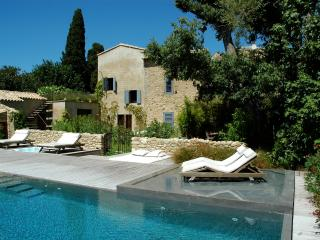Luxury 7 bedroom holiday rental in Provence