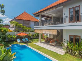 Villa Harmony, Seminyak Promo120 usd