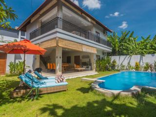 Peaceful Harmony Villa in the heart of Seminyak