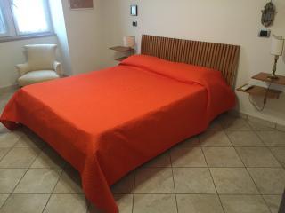 1^ Camera da letto matrimoniale