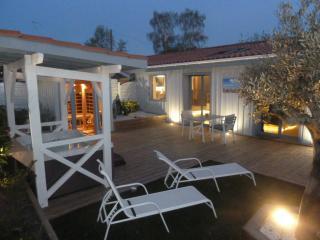 loft pour deux pers avec spa et sauna privatif, Mios
