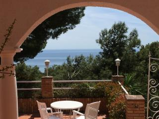 Charming Malaga Villa & Panoramic Sea Views