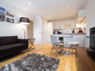 Short Let Space Premier Apartments Oxford two bed