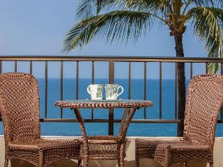 Sugar Beach Resort Penthouse Oceanfront 1Bd, Direct Ocean View, Sleeps 4, Kihei