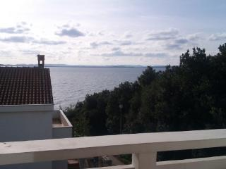 Sea view apartment Iva 1, only 40m from the beach, Kozino